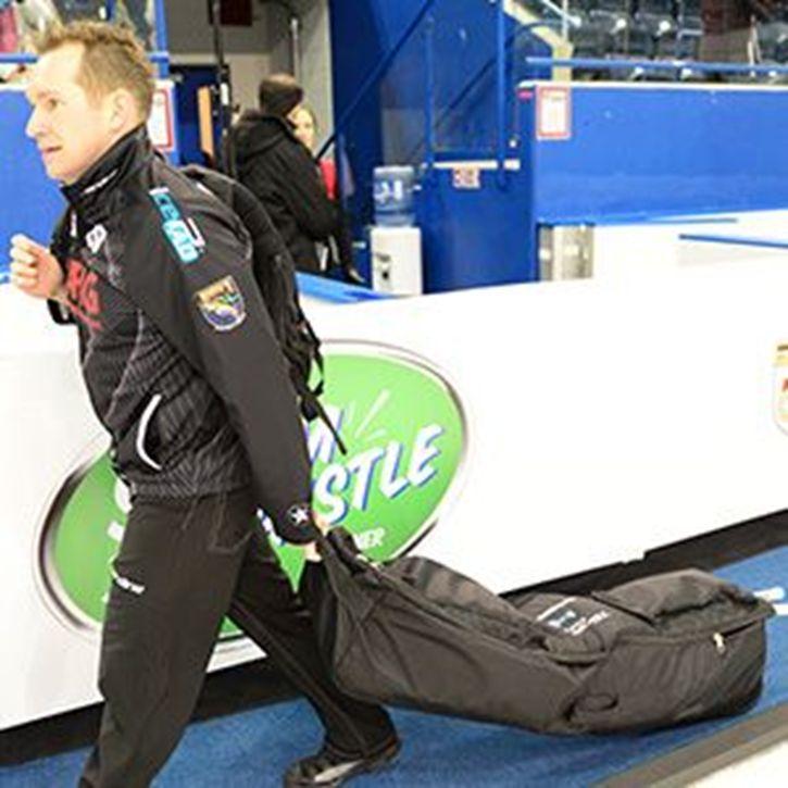Picture of Hardline Voyageur Broom Bag